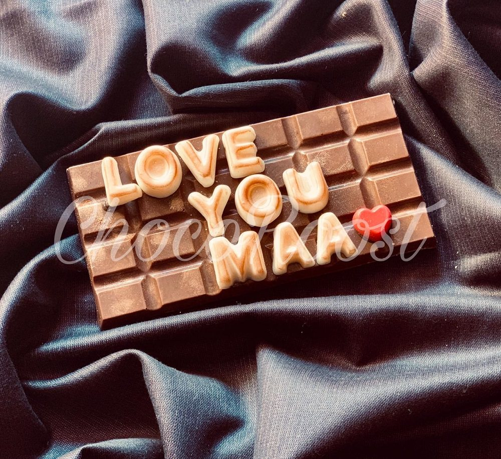 customized chocolate 2